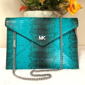 MICHAEL KORS Barbara Med Envelope Clutch